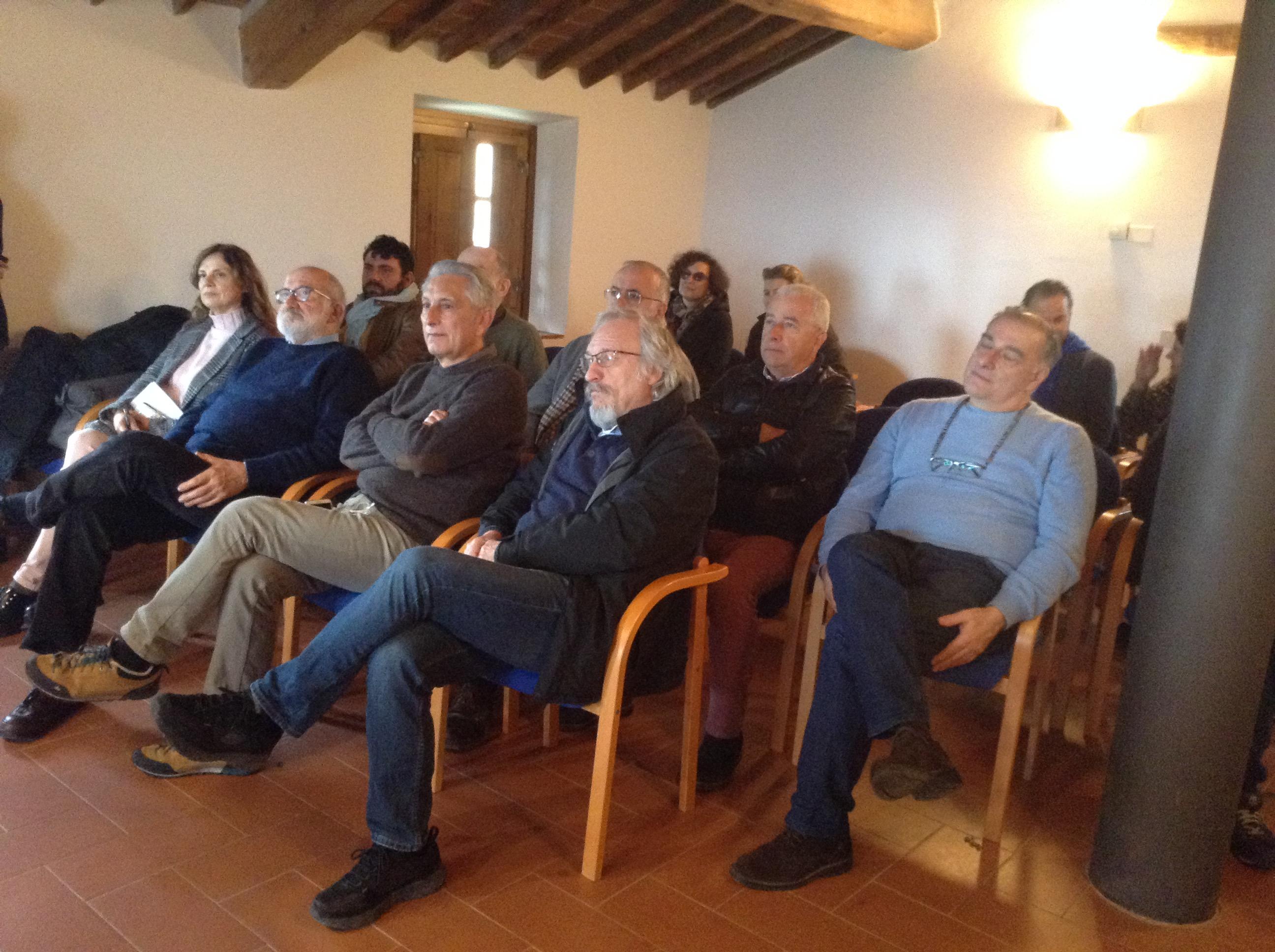 Pubblico seduto per conferenza